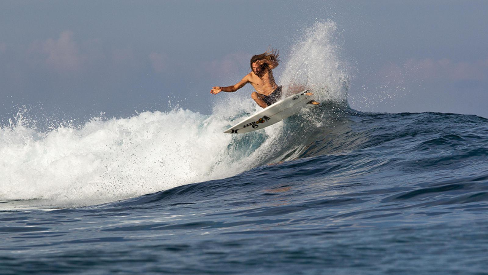Hurley-Rob-Surfing2