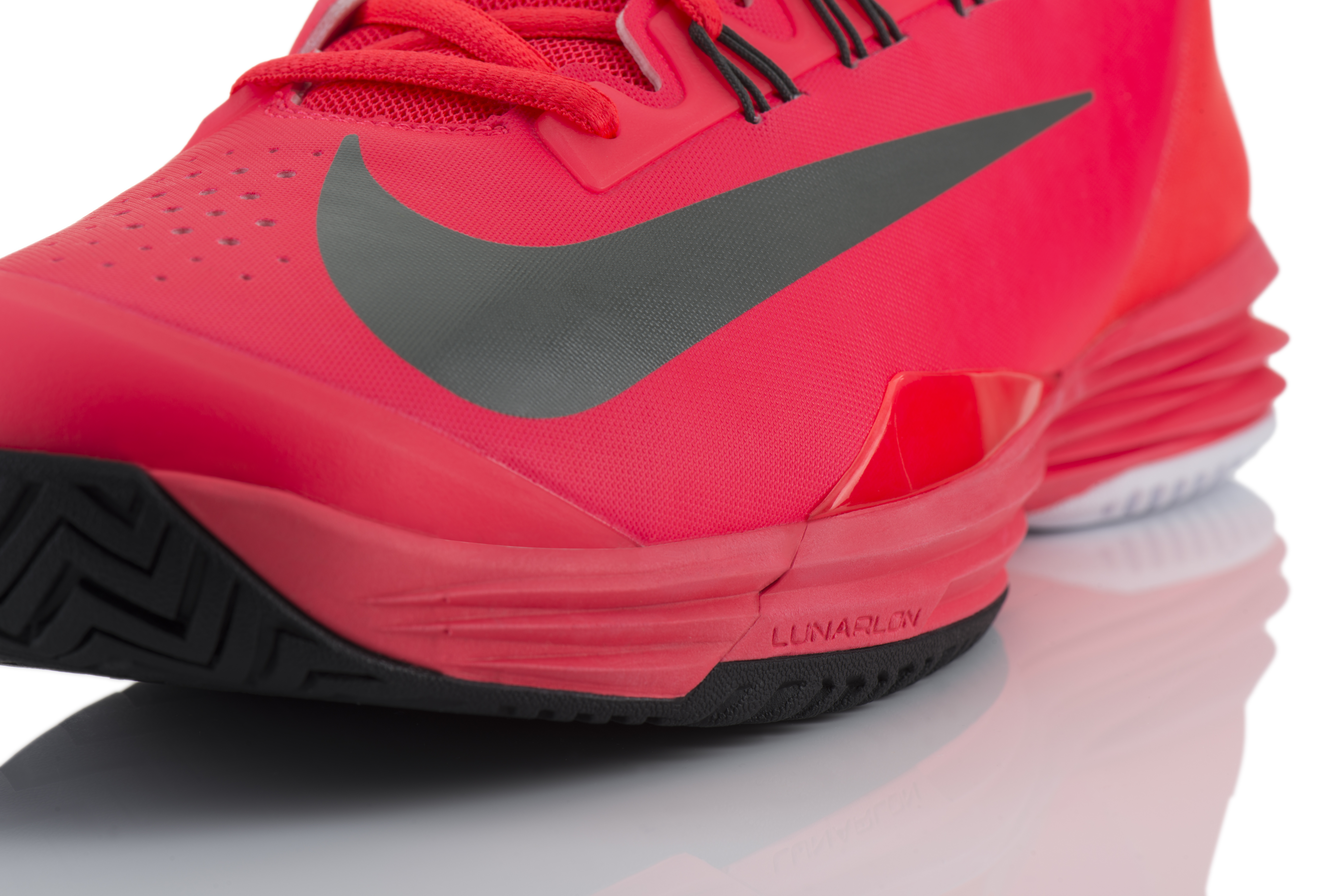 nike running shoes with nike plus nike tennis shoes red