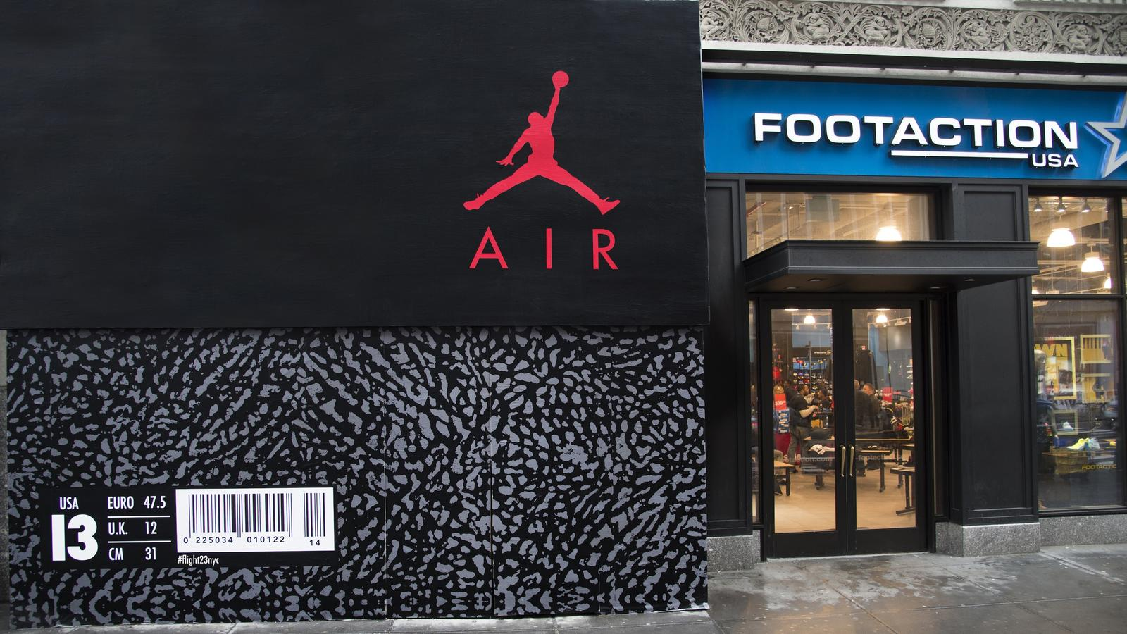 low priced a5648 b4fee Flight 23 at Footaction to be First North America Jordan ...