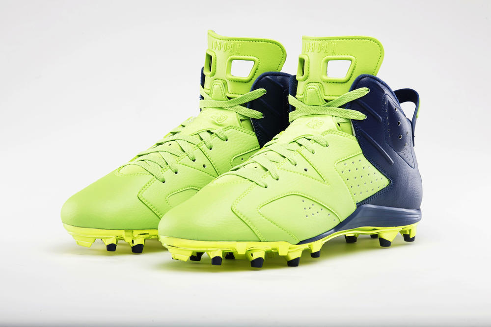 Earl Thomas to debut special Jordan cleat Sunday