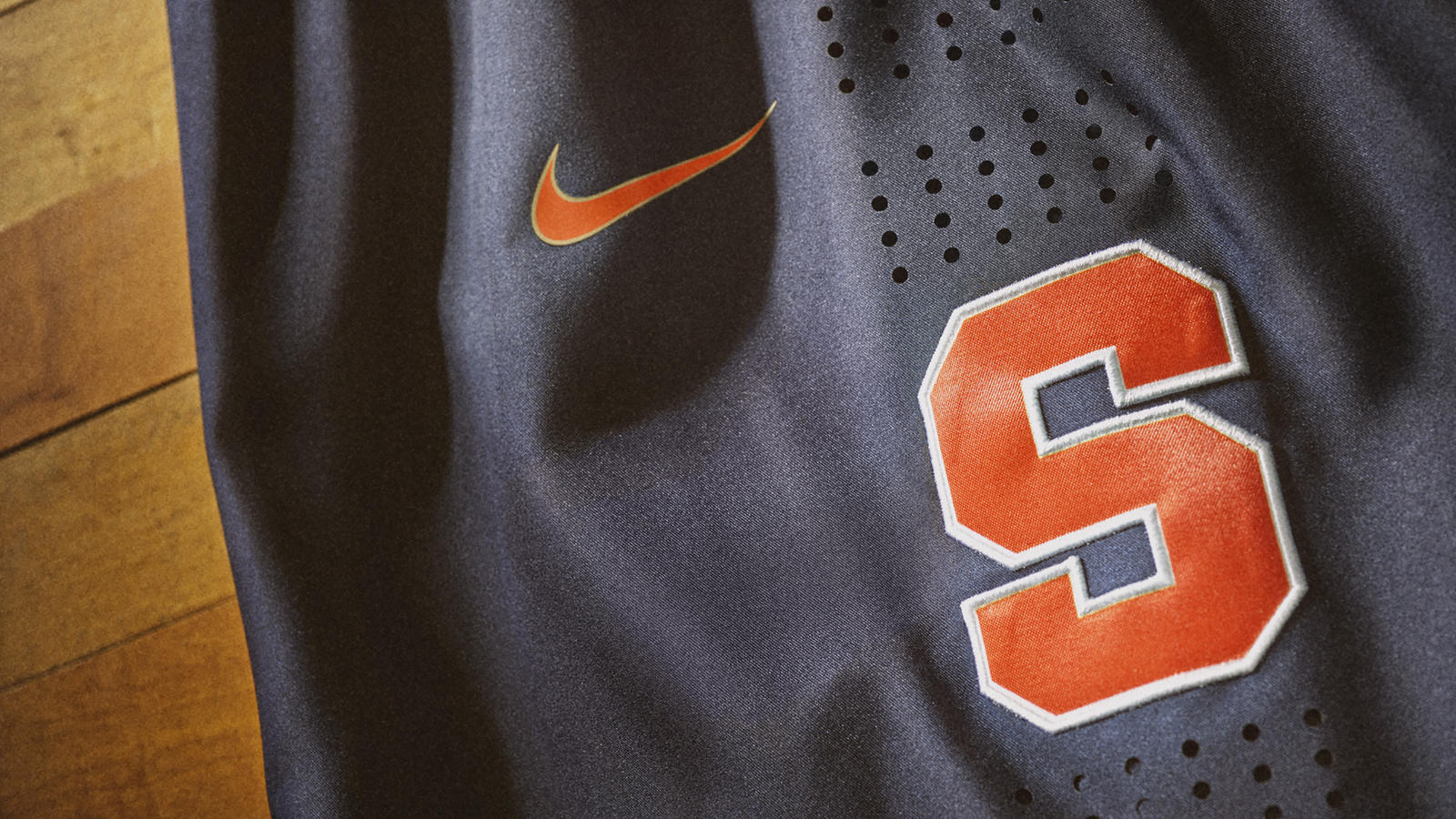 best loved 4e7b4 81411 Respect the Past, Represent the Future: Syracuse University ...