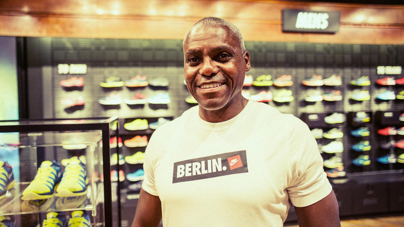 Carl Lewis opens NIKE BERLIN