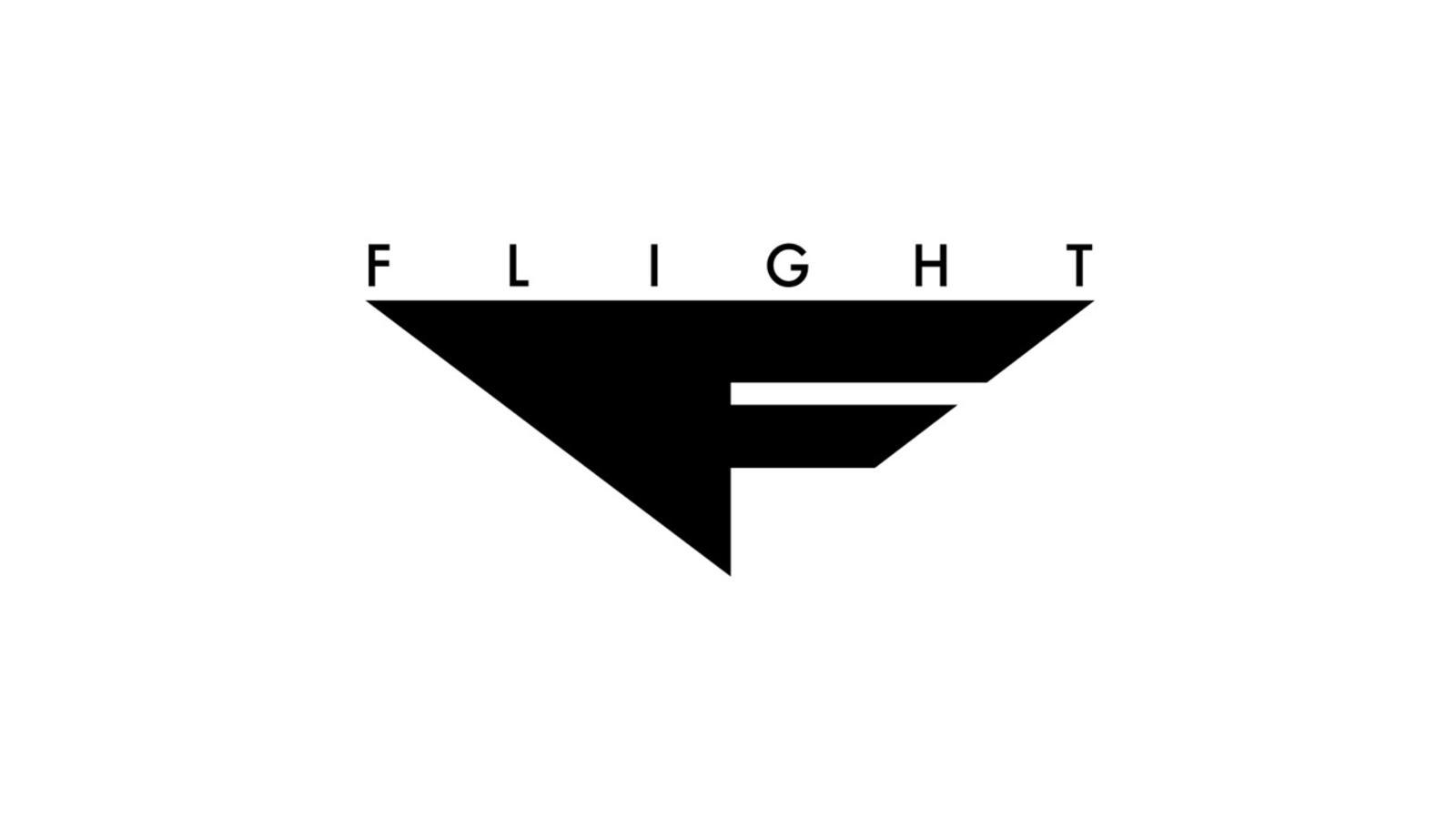 d4f891393e90 nike-air-maestro-flight-1-logo.  sp14 bb hyperrev 630913 003 blk metsil 3qtr lat toe.  sp14 bb hyperrev 630913 003 blk metsil lat