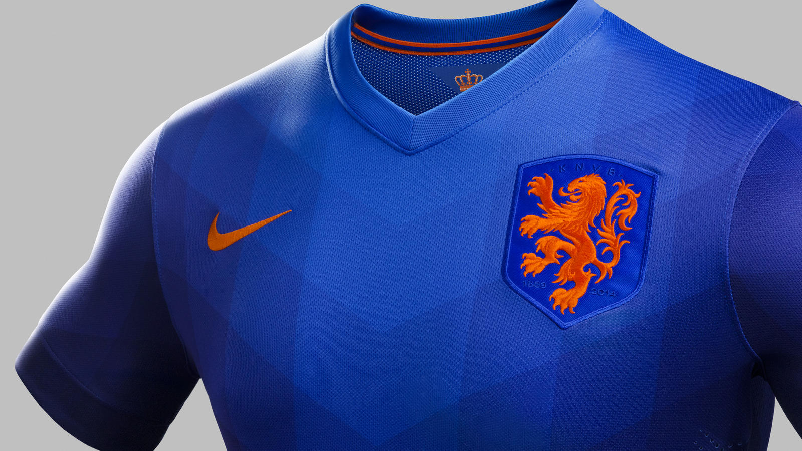 reputable site da86e 4791a The Netherlands Unveils Nike Away Kit for 2014 Season - Nike ...