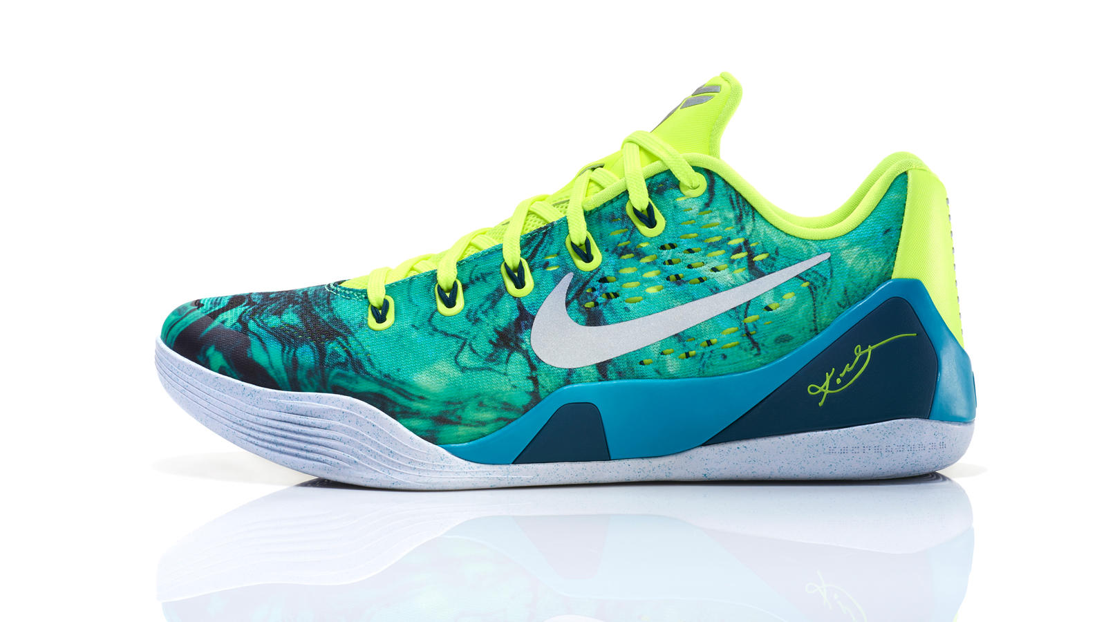 sports shoes abef1 68a11 The 2014 Nike Basketball Easter Collection - Nike News