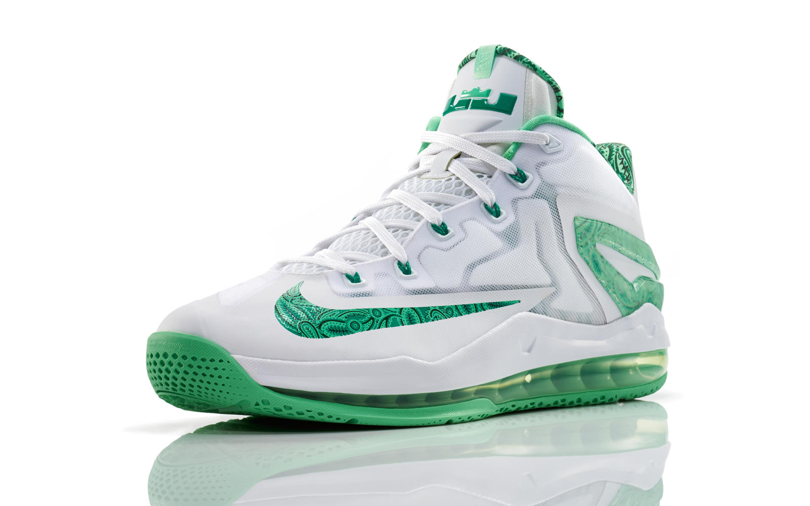 the latest 3a7a8 cf923 The 2014 Nike Basketball Easter Collection - Nike News. The LEBRON 11 ...