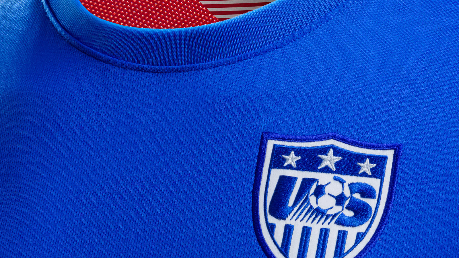 usa_away_collar2_pride