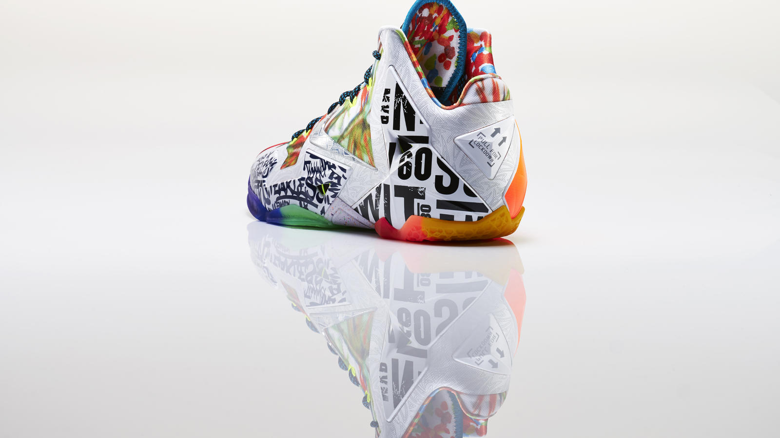 lebron_xi_what_the_left_3qtr_back