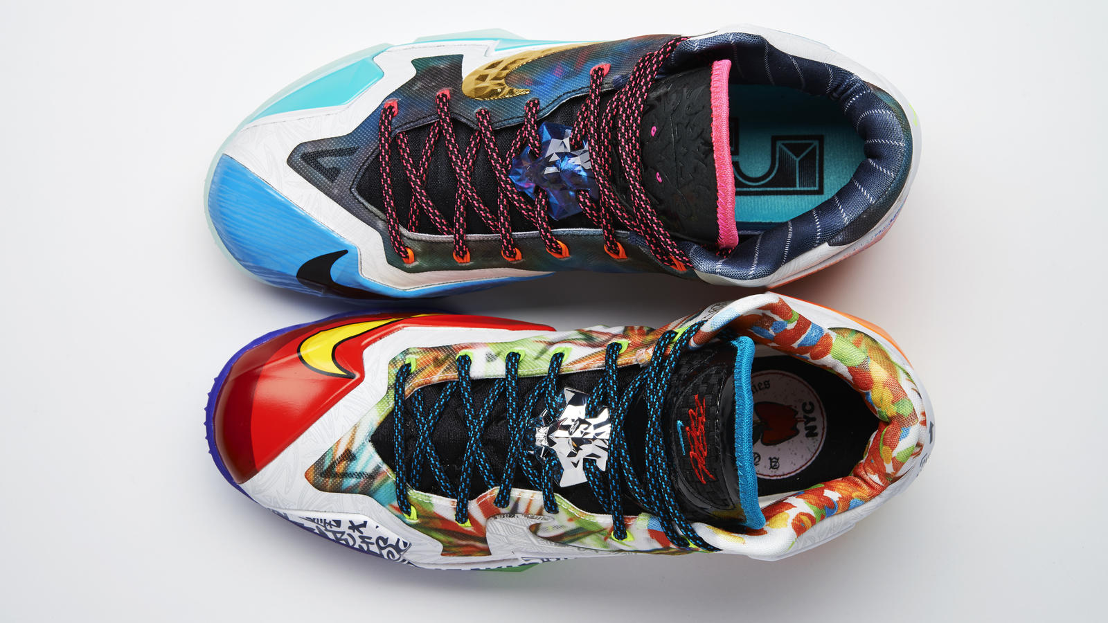 lebron_xi_what_the_pair_top