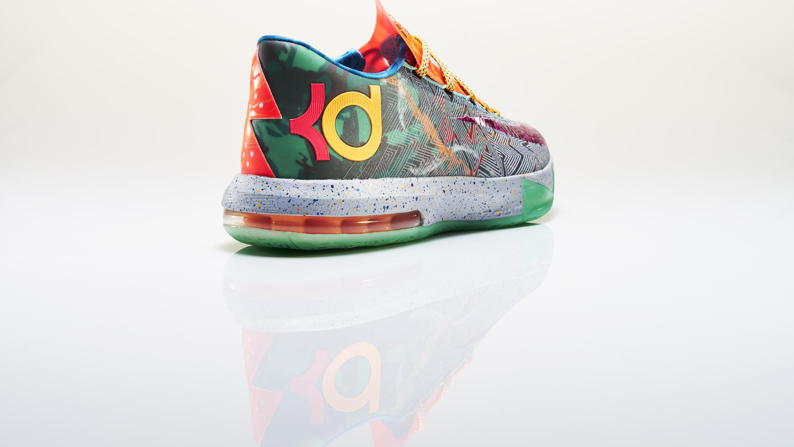 kd_vi_what_the_right_3qtr_back