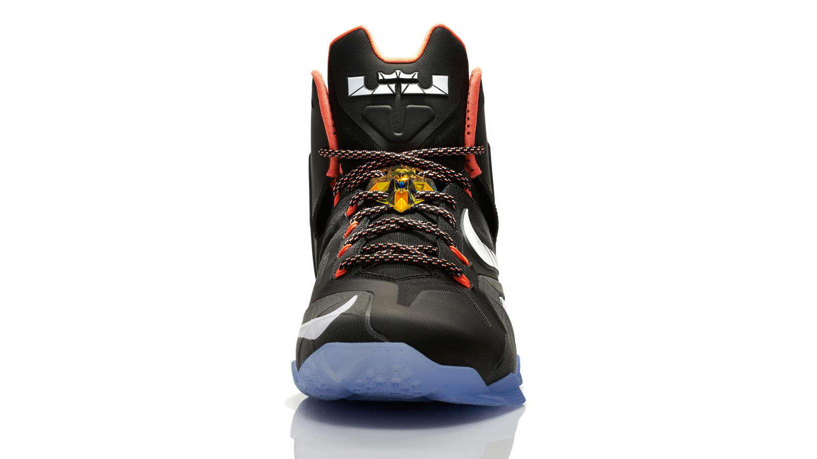 lebron_11_quest_001_front_0015_fb