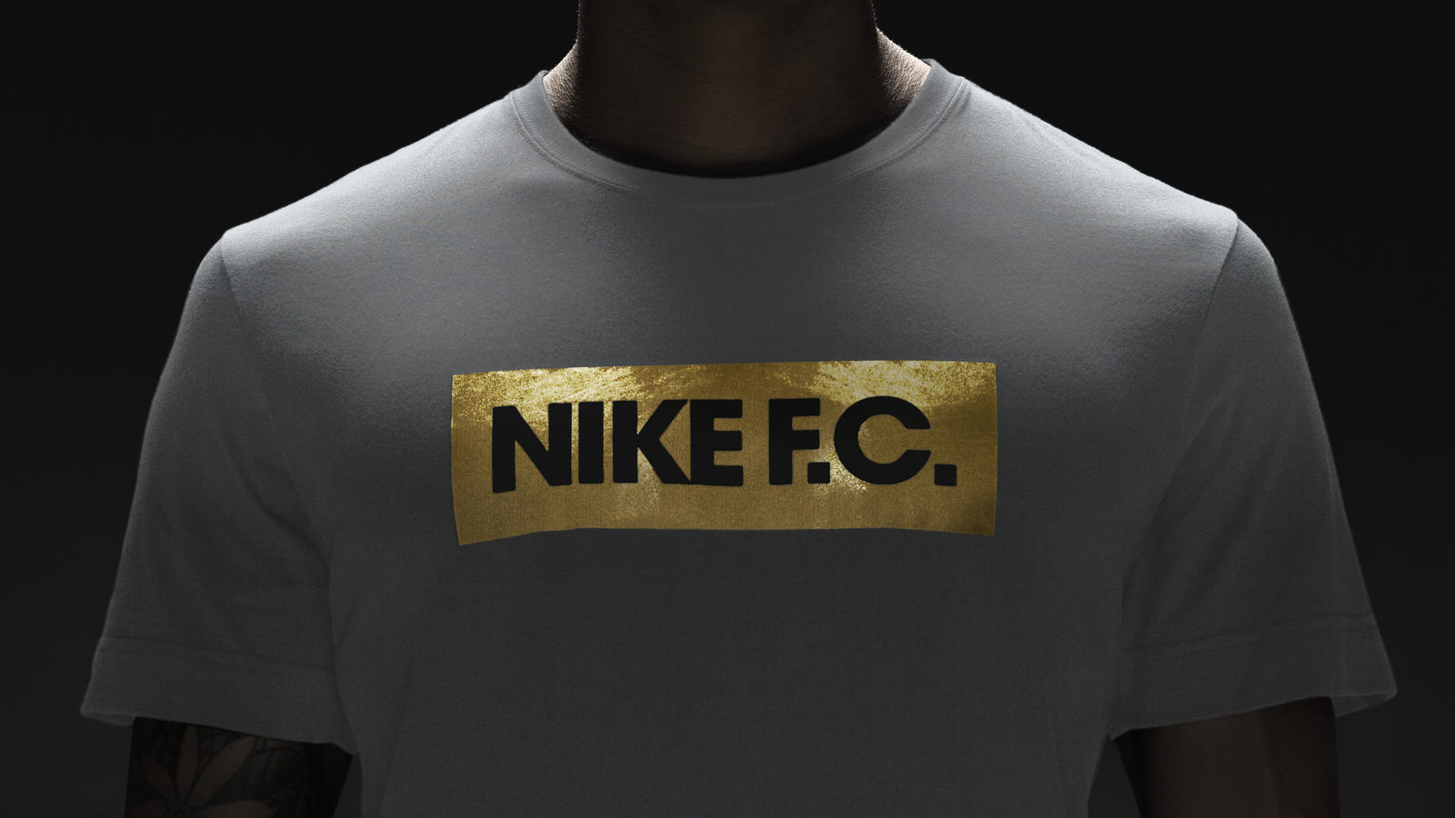 su14_nsw_nikefc_glorytee_white_001