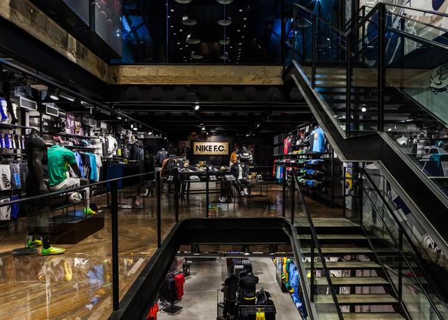 7d46df98588 ADNEWS   Nike abre sua primeira loja somente de futebol no mundo