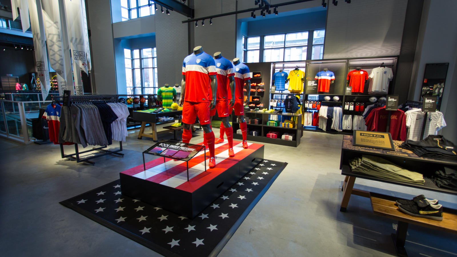 nikeboston8-web