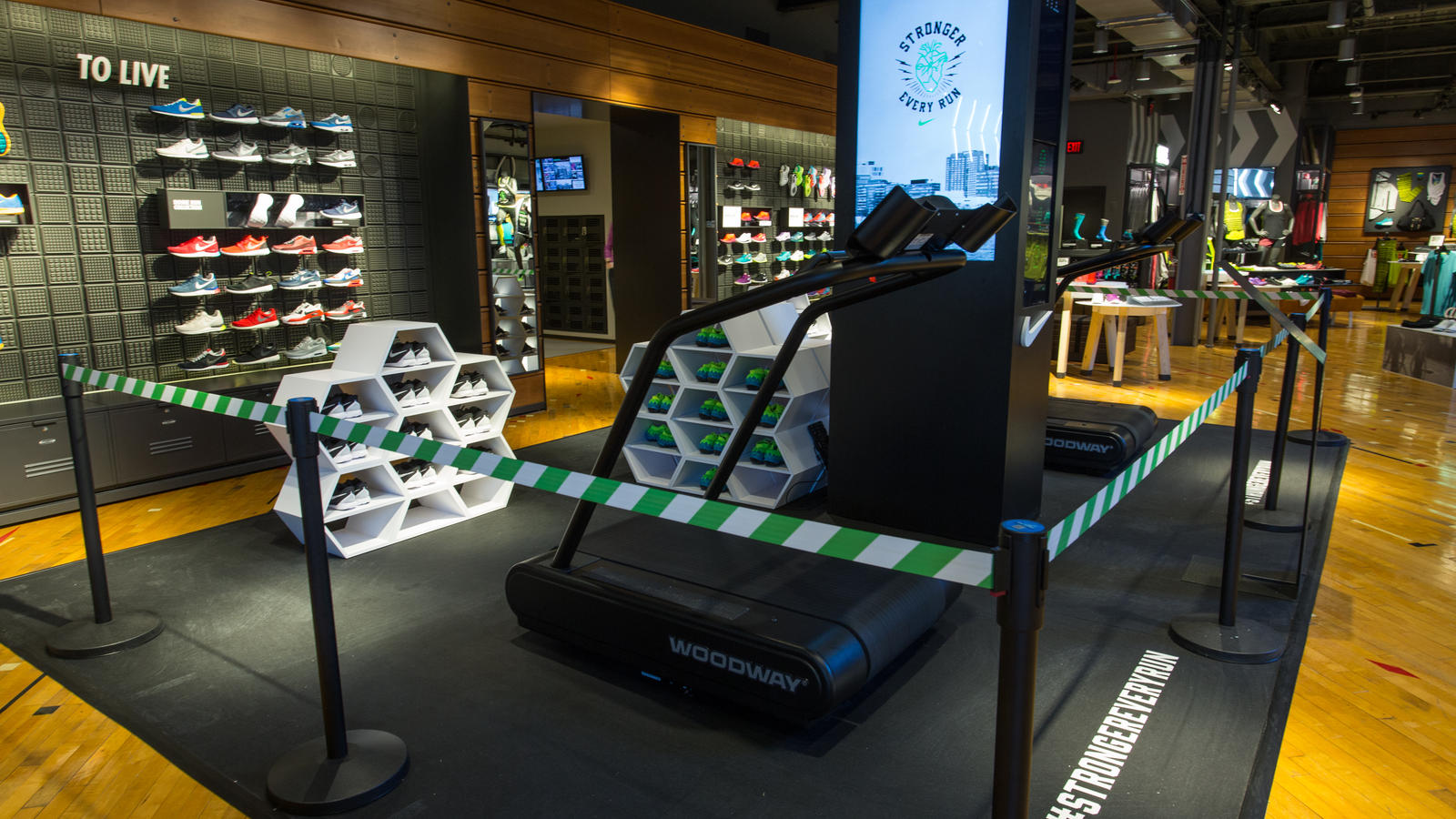 nikeboston10