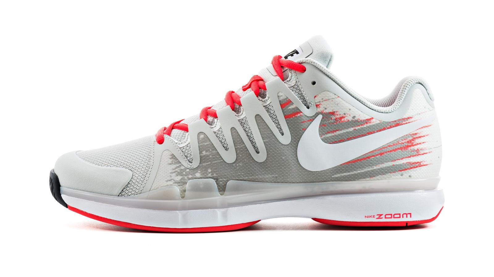quality design 80194 eeb84 Nike Tennis Footwear - Women. Zoom Vapor Tour 9.5 - Mens