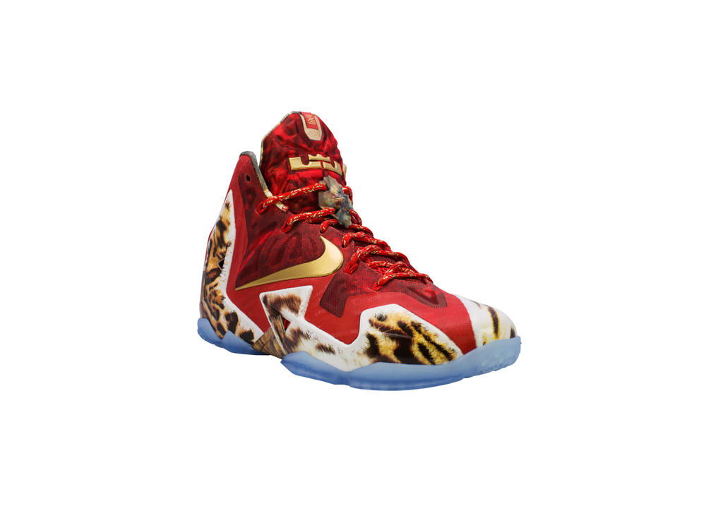 Nike Basketball and 2K Sports Unveil In-Game LEBRON 11 2K14 Shoe