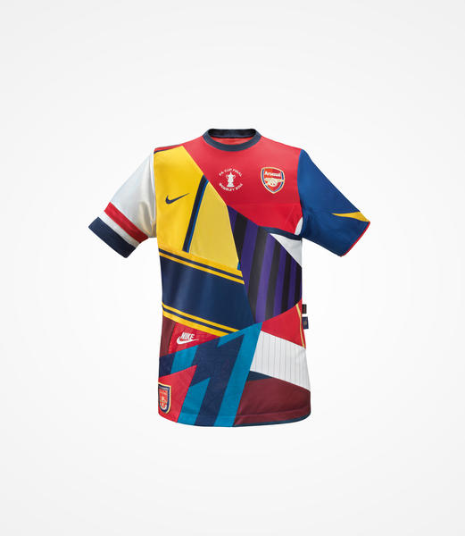 Nike Creates Commemorative Shirt to Mark FA Cup Victory and 20-year Partnership