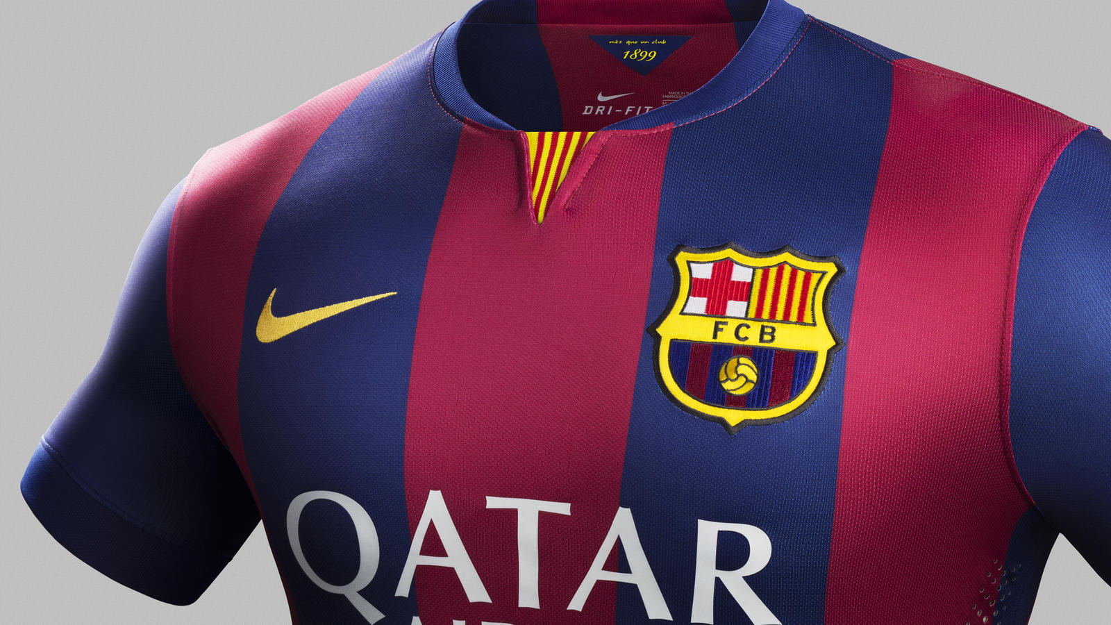 su14_match_barcelona_home_crest