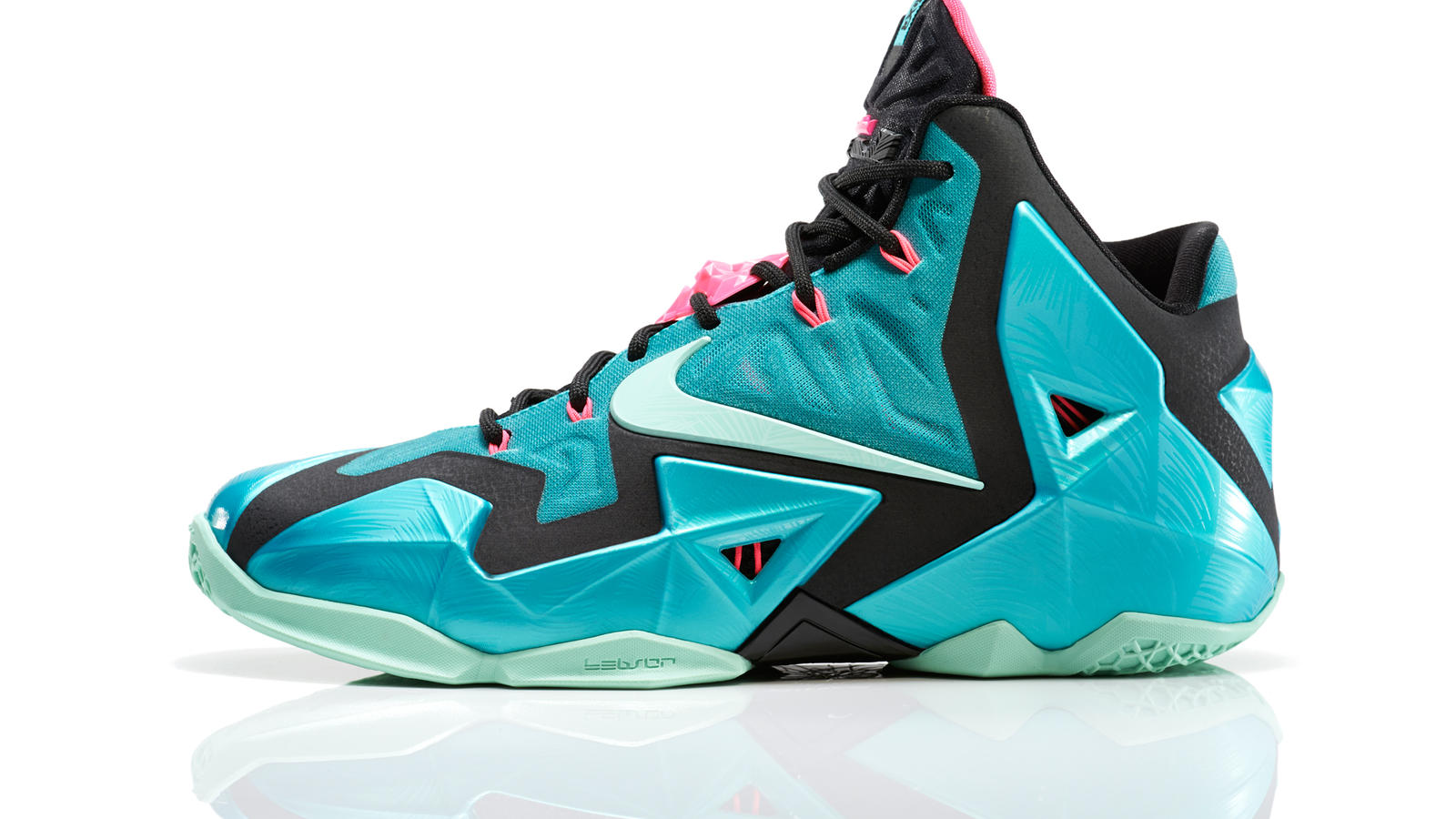 LEBRON 11 South Beach Remixes Past with