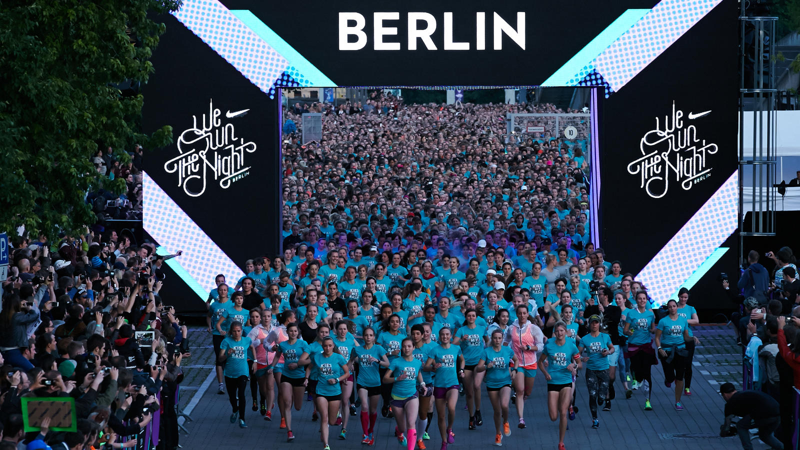 THOUSANDS OF GIRLS OWNED THE NIGHT IN BERLIN