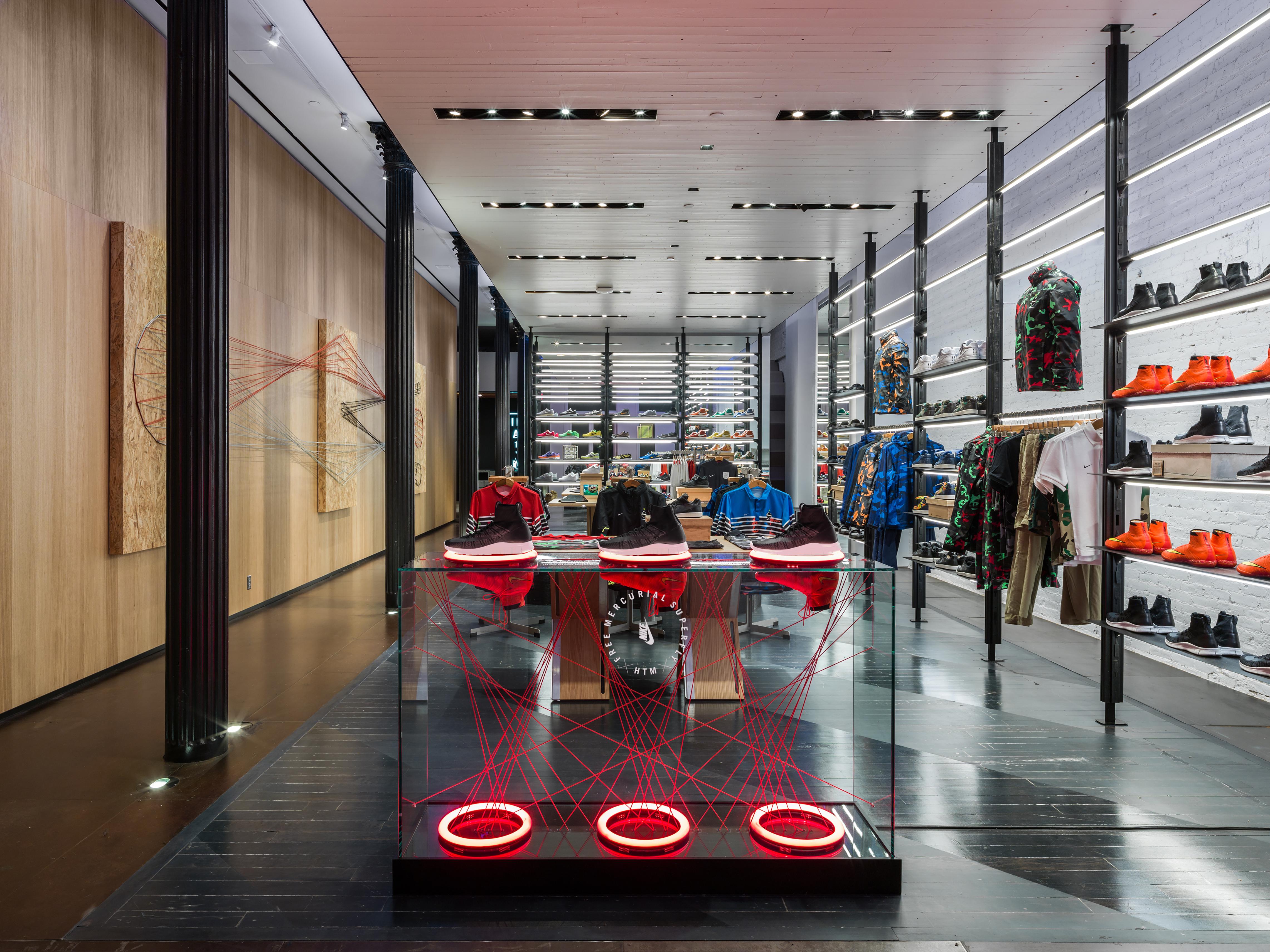 boutique nike milan