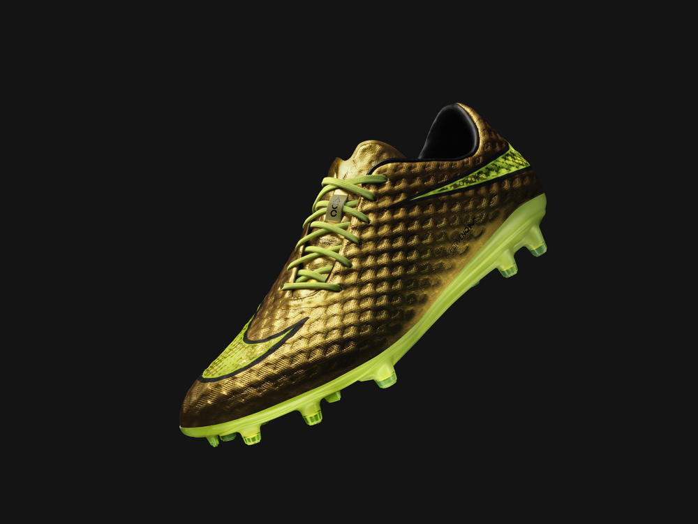 Neymar Jr. and Nike Introduce Gold Hypervenom Special Edition