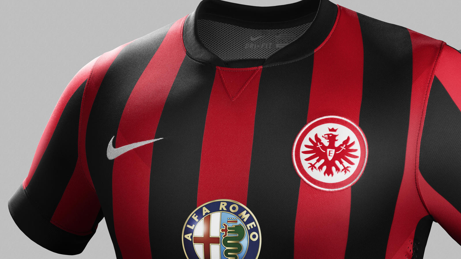 fa14_match_frankfurt_pr_h_crest_r