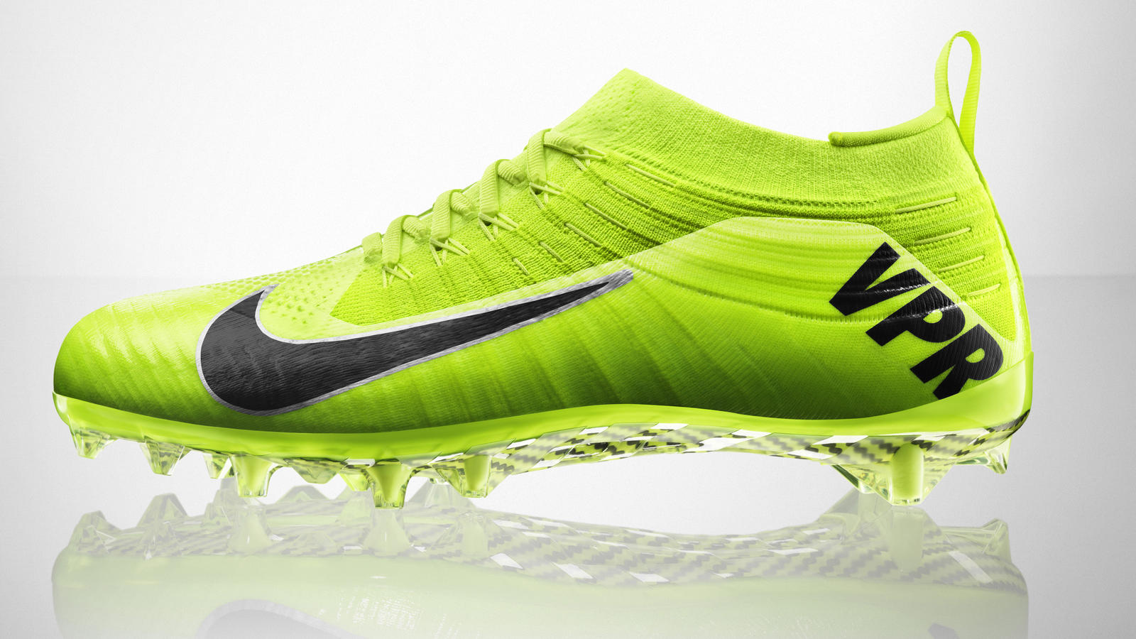 new products 190e6 9d683 fa14 at nfb vapor ult td 651338-700 profile pr. Nike Vapor Ultimate -  Football s First Flyknit Cleat