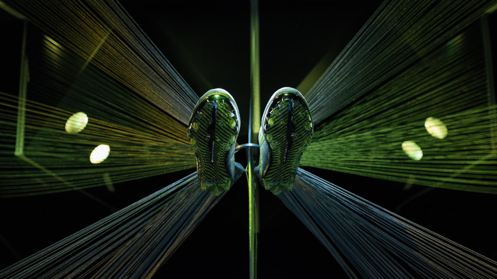 nike-vapor-ultimate-cleat-carbon-v-plate
