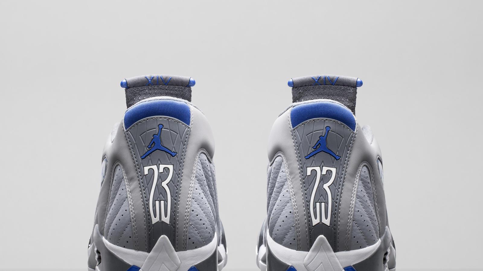 487471-004_a5_pair_heels