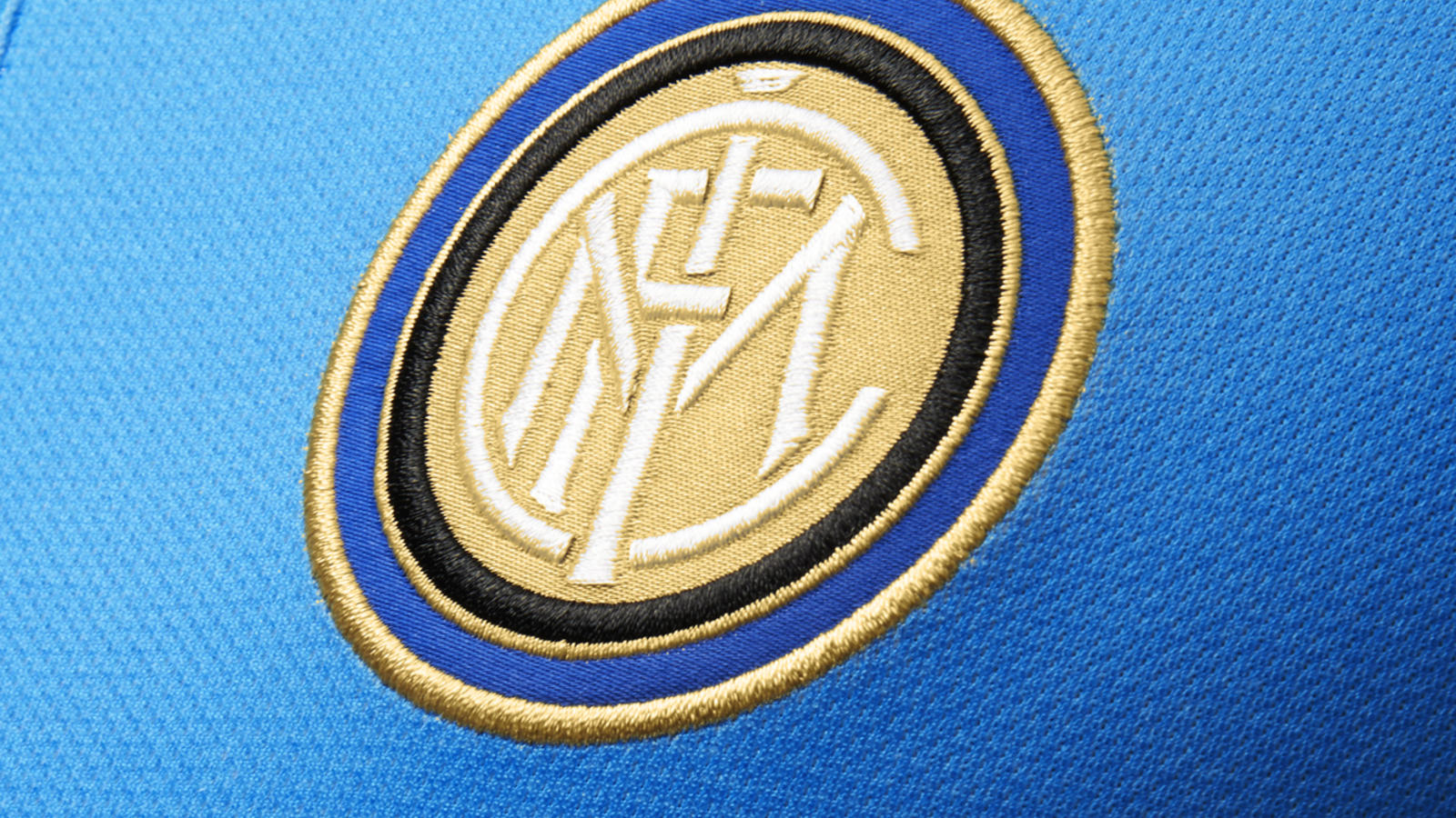 Ho14 Fb Flash Flood Inter Milan Crest