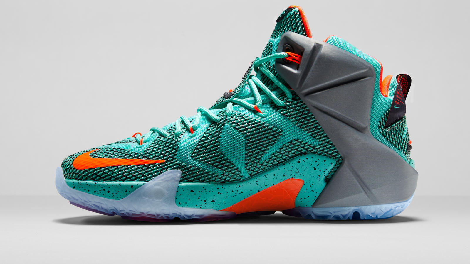 innovative design f7a4c 3b4d2 ... Nike LEBRON 12 Engineered for Explosiveness - Nike News ...