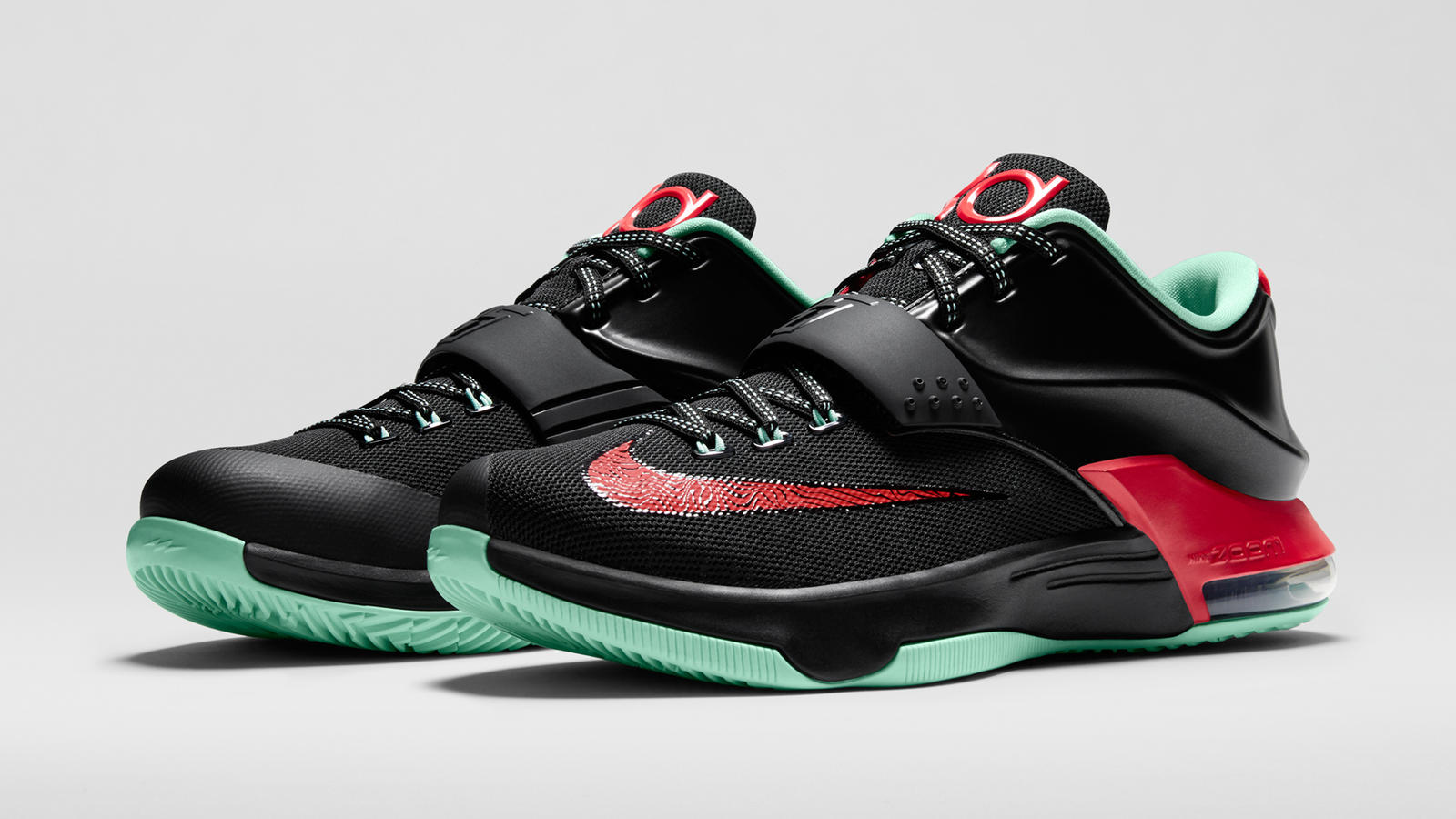the latest ea311 18949 kd7goodapples653996 0633qtr pair fb. kd7goodapples653996 063outsole fb.  kd7goodapples653996 063topdown fb. kd7goodapples653996 063inside fb