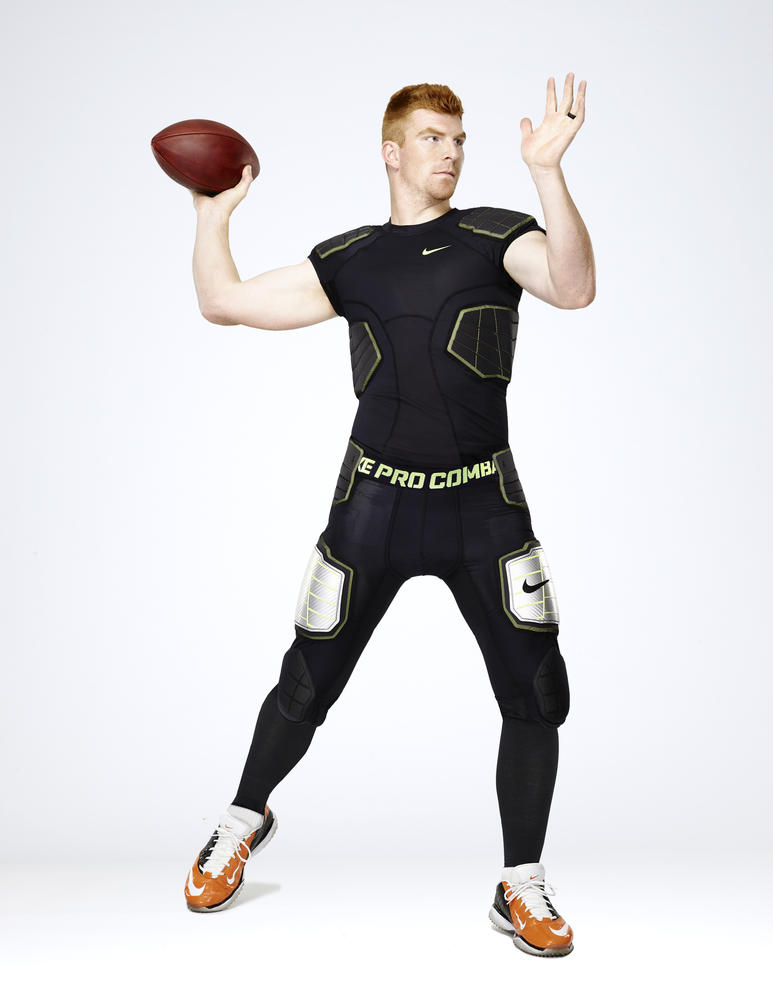 Nike Pro Combat Baselayer Locks out the Elements to Lock in Performance