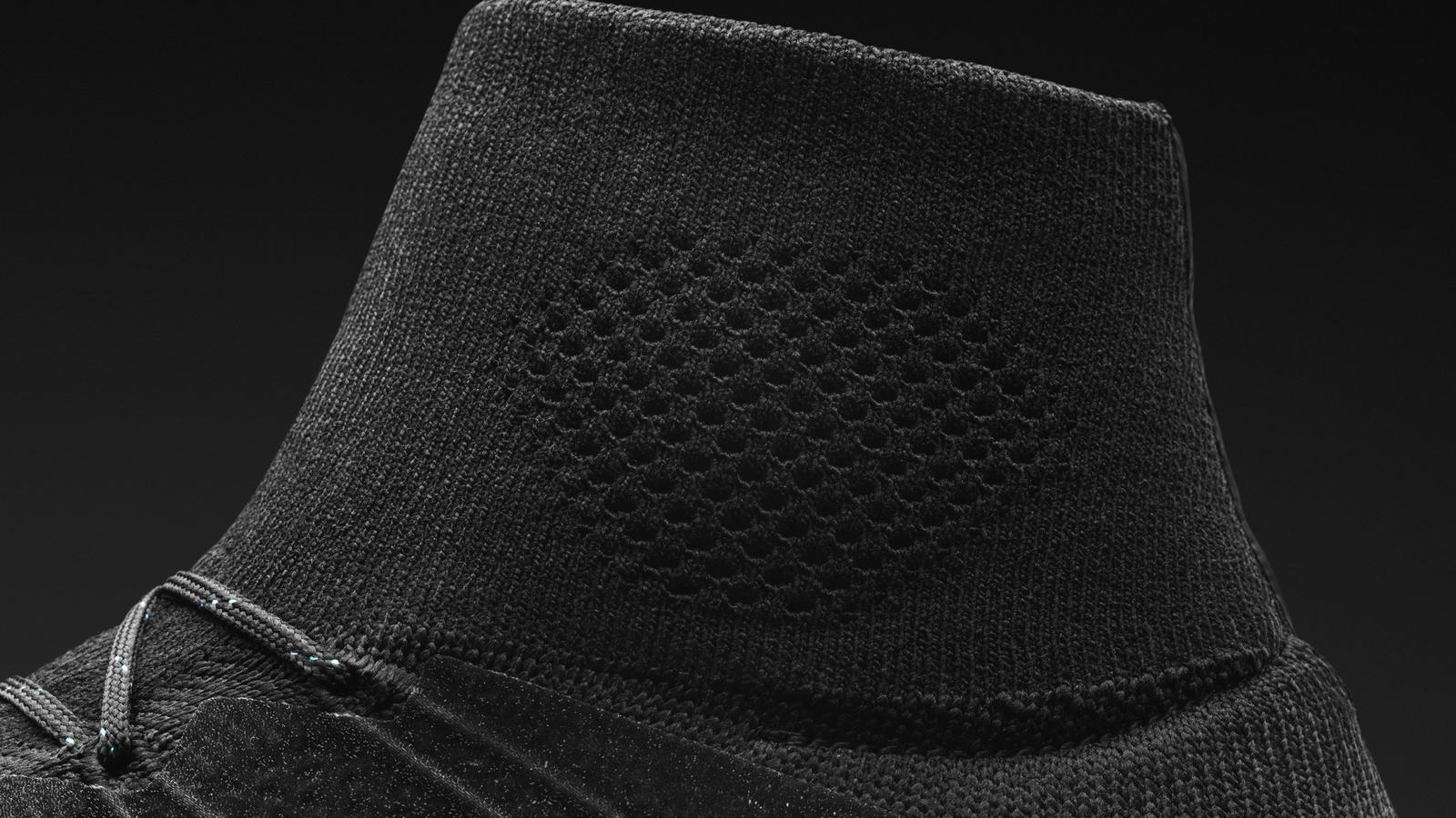 H014 Fb Cr7 Detail Cuff