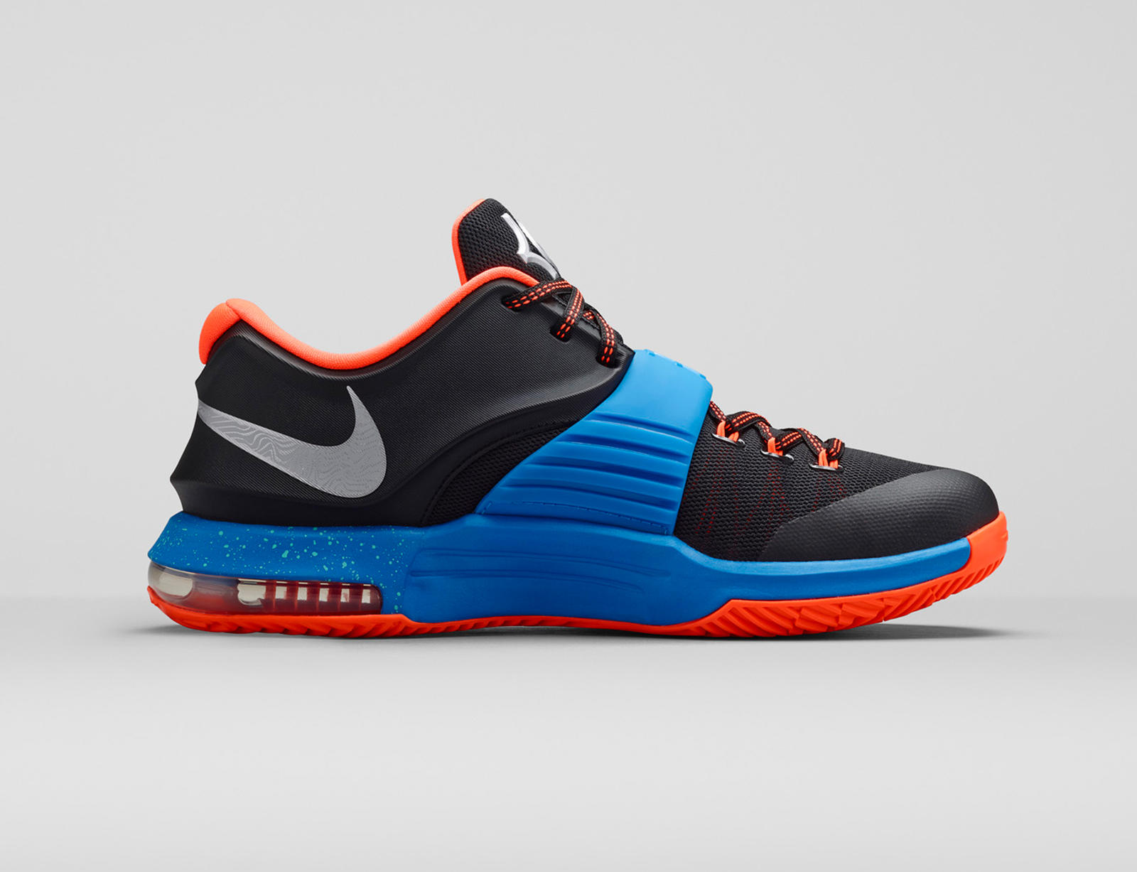 Kd 7 KD7 On the Road:...