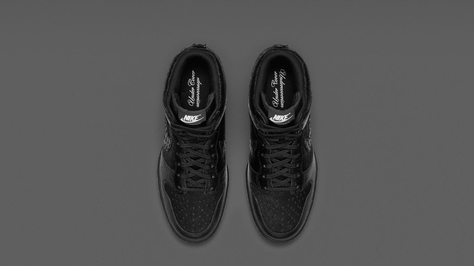 717122_001_Dunk_Sky_Hi_Undercover_Black-Top_Down_Pair-HO14_B6_APP-13066
