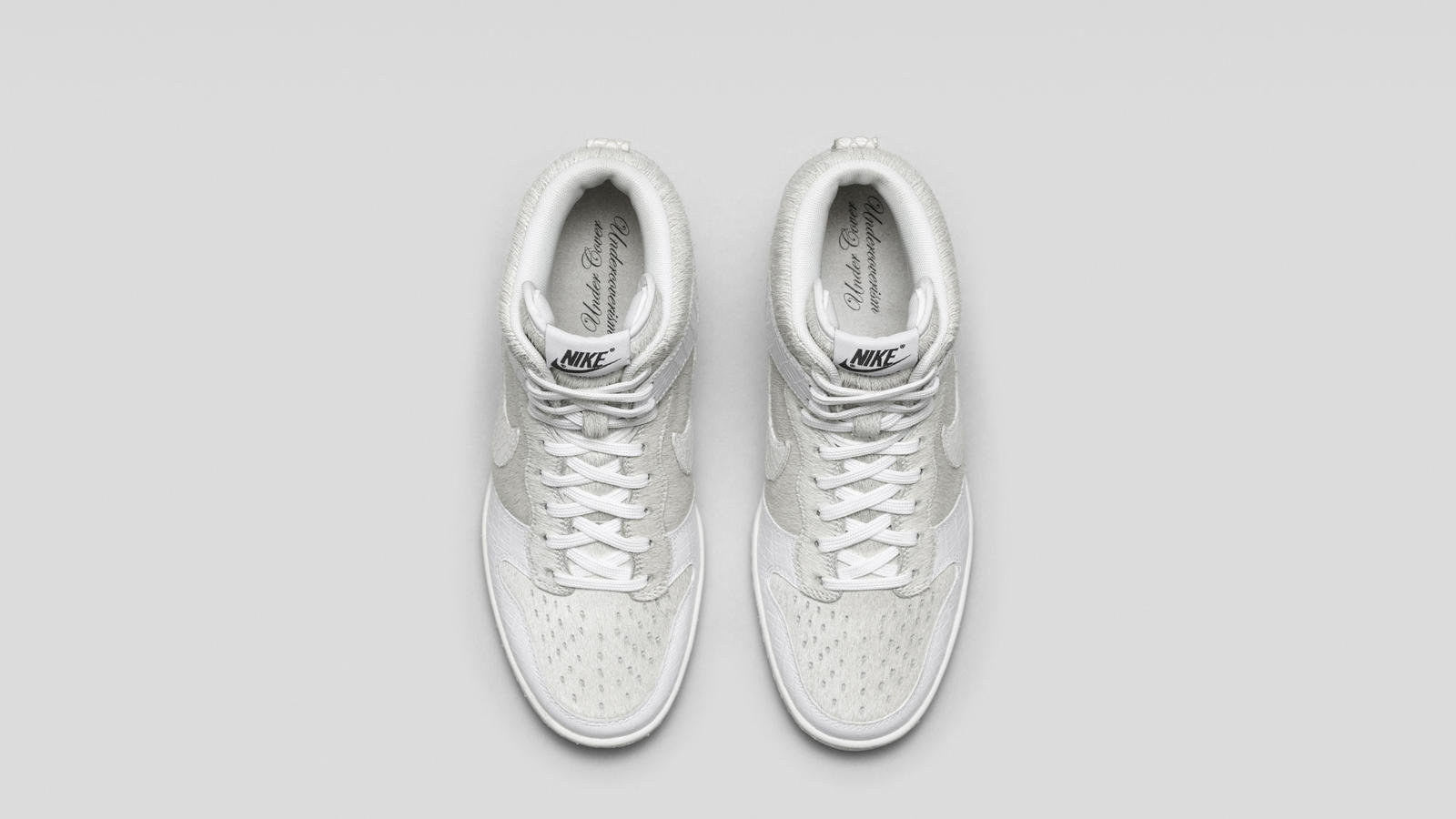 717122_100_Dunk_Sky_Hi_Undercover_White-Top_Down_Pair-HO14_B6_APP-13078