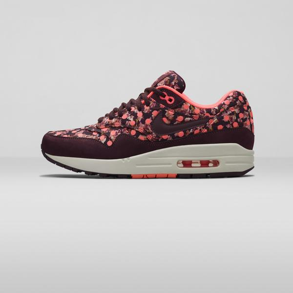 Nike%20x%20 Liberty%20 Air Max 1 Burgandy