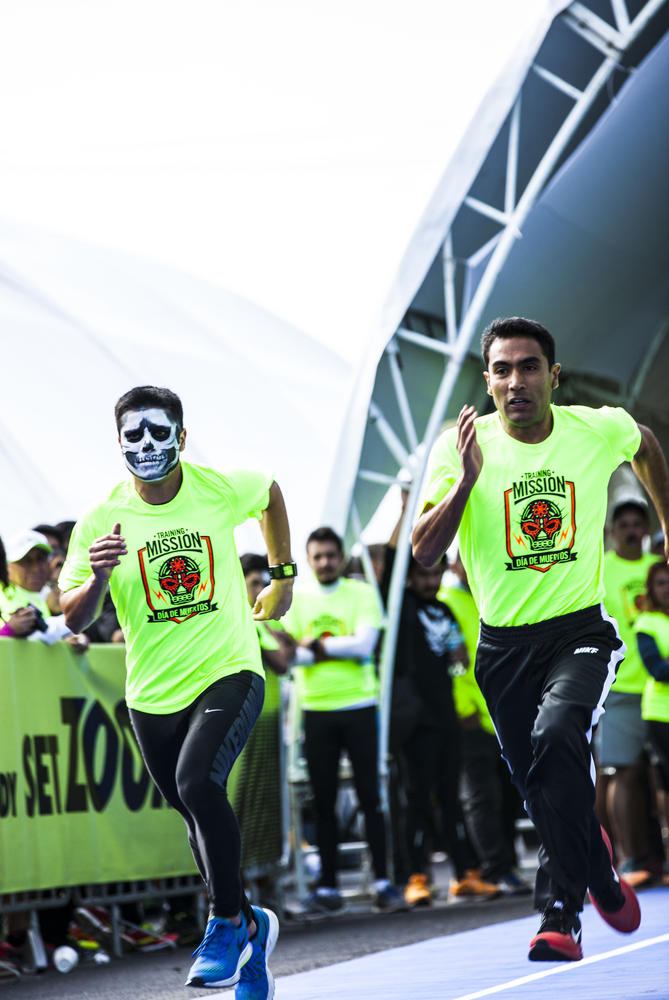 Nike celebrates Dia de Muertos on the road to We Run Mexico City