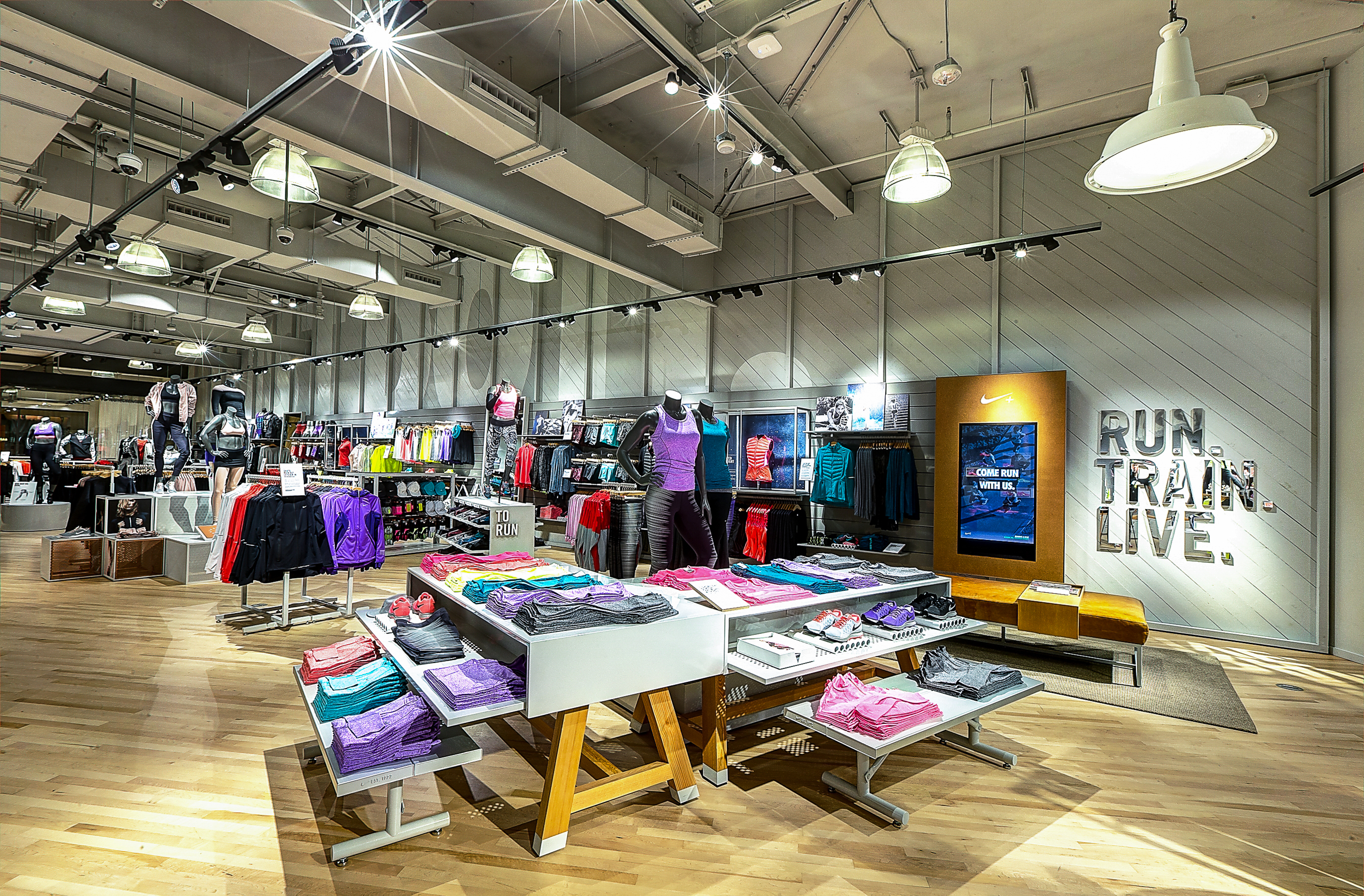 nike women s only store with fitness studio opens in newport beach nike news. Black Bedroom Furniture Sets. Home Design Ideas
