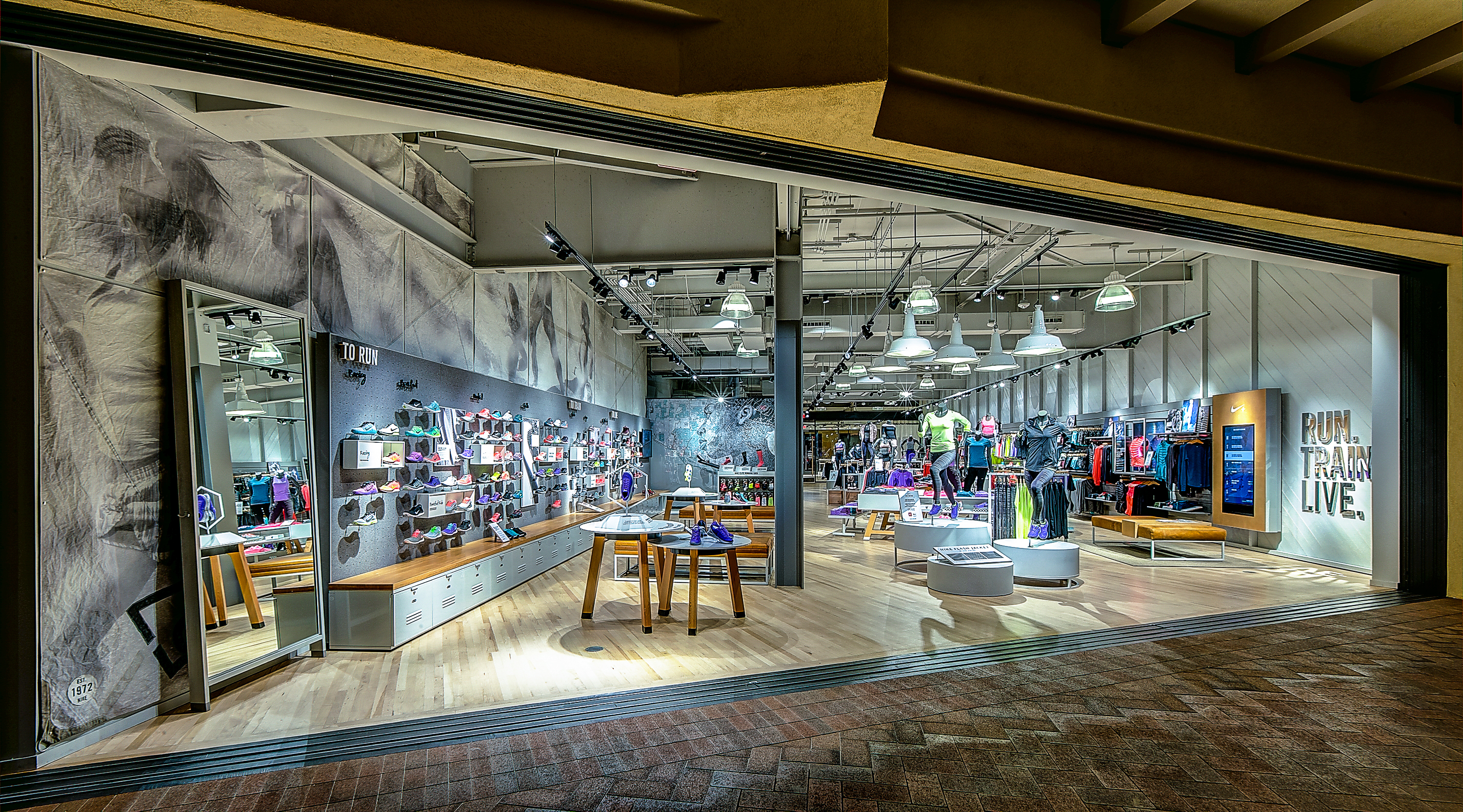 0b8061fd4c58e nike opens up womens only store with fitness studio in newport beach ...
