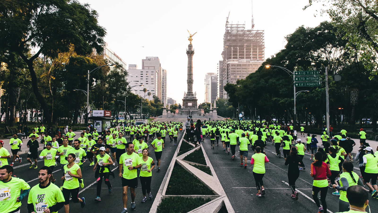 000 20 We Run Celebrate Mexico City News Nike Runners Series