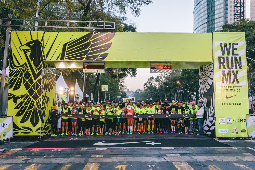 20,000 Runners Celebrate Nike We Run Series in Mexico City