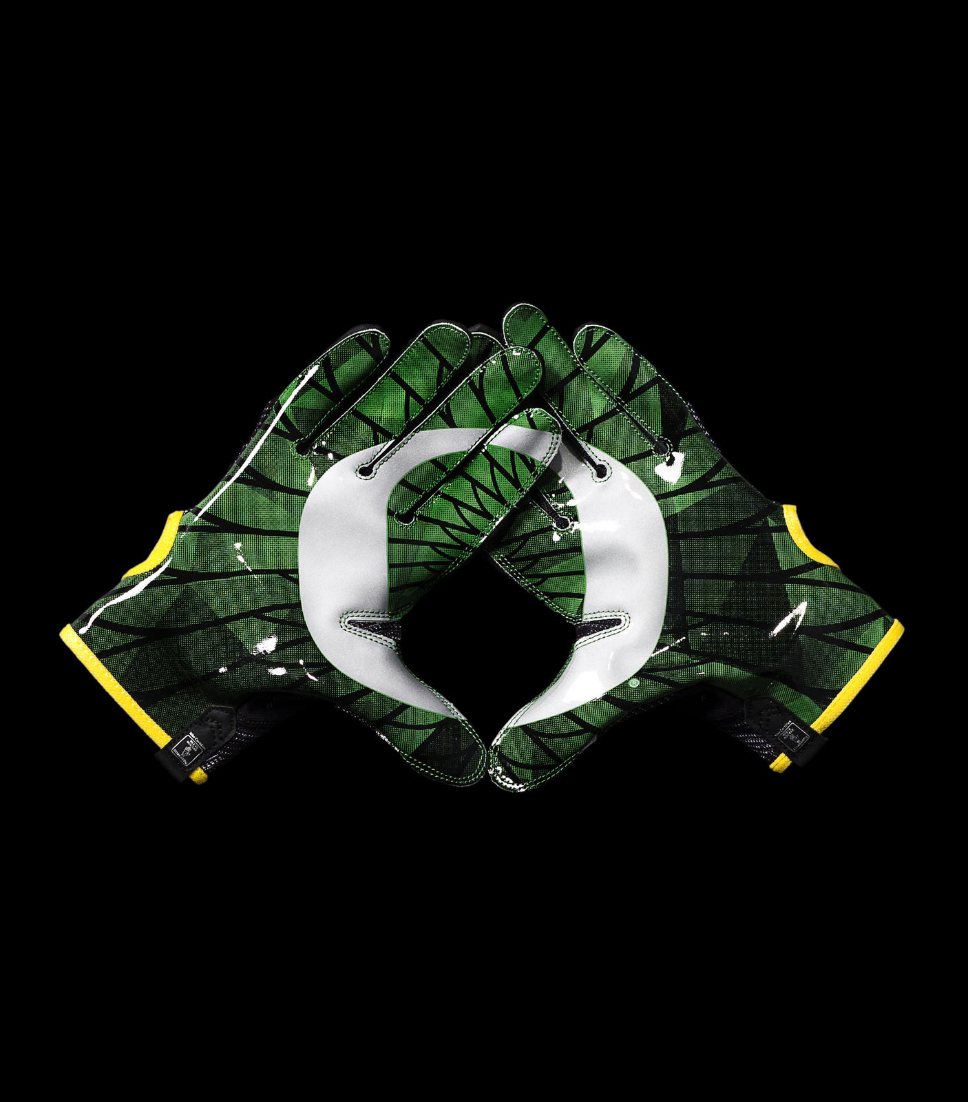 44841_253264_HO14_NFB_NCAA_Gloves_Oregon