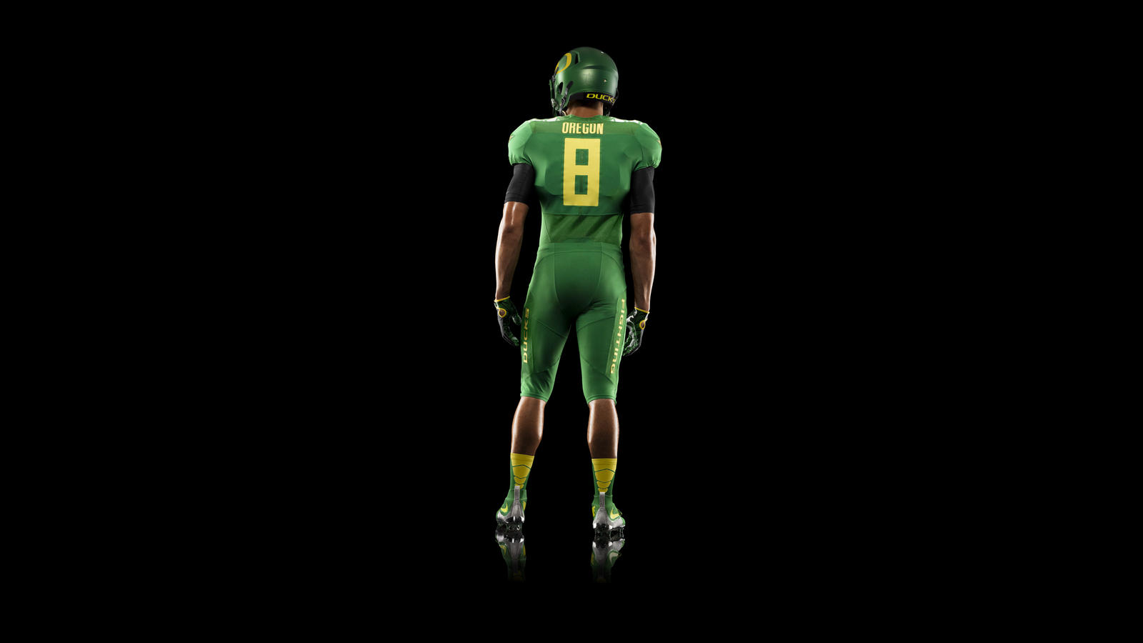 44853_253529_HO14_NFB_NCAA_Oregon_Uniform_439