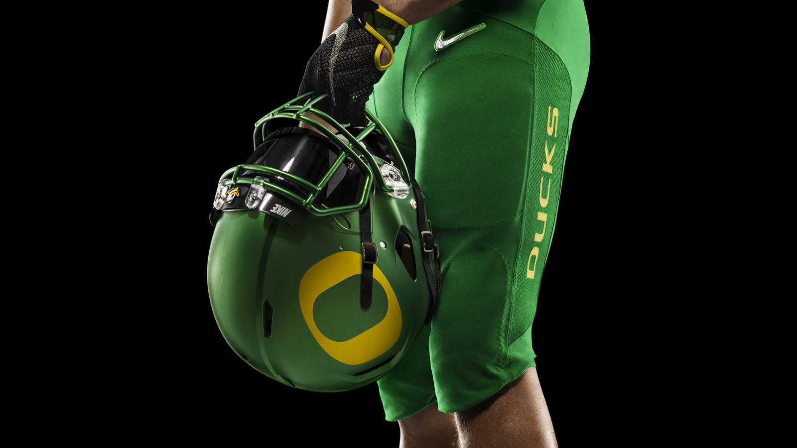 44853_253529_01a_HO14_NFB_NCAA_Oregon_Detail_398_RGB_crop_1