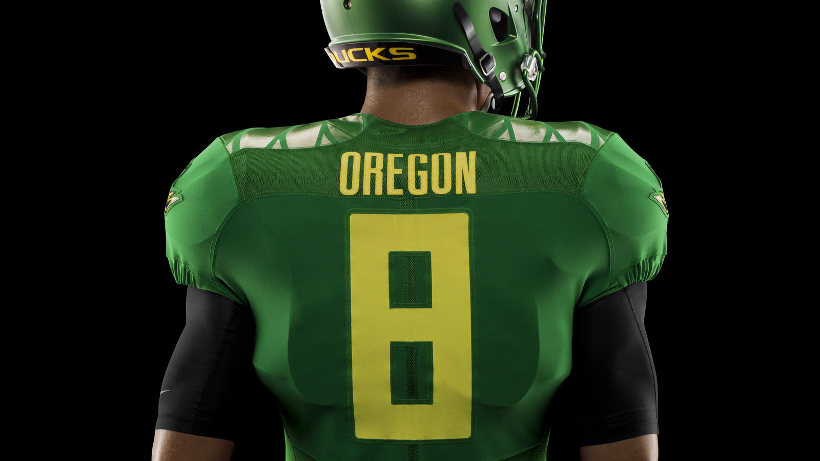44853_253529_01a_HO14_NFB_NCAA_Oregon_Details_576_crop_1