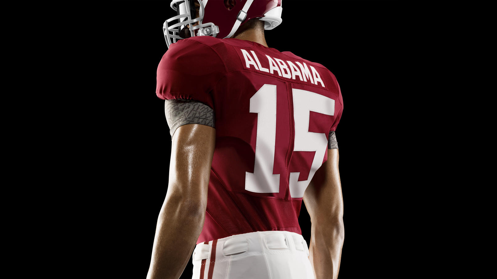 HO14_NFB_NCAA_Alabama_Uniform_827